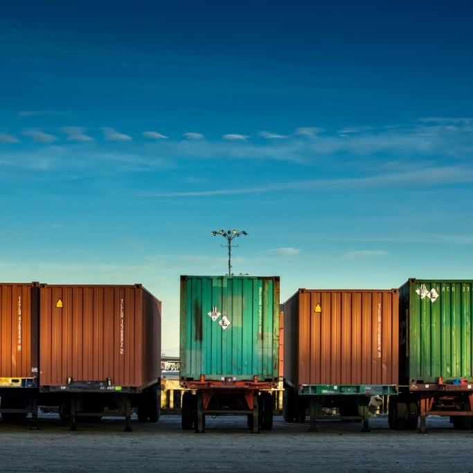Coastsure-logistics-insurance-shipping-containers